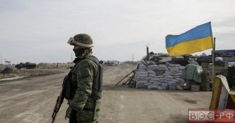 в ДНР не стихает стрельба, Киев направляет новые войска в ЛНР, ВСУ наживаются на блокаде Донбасса