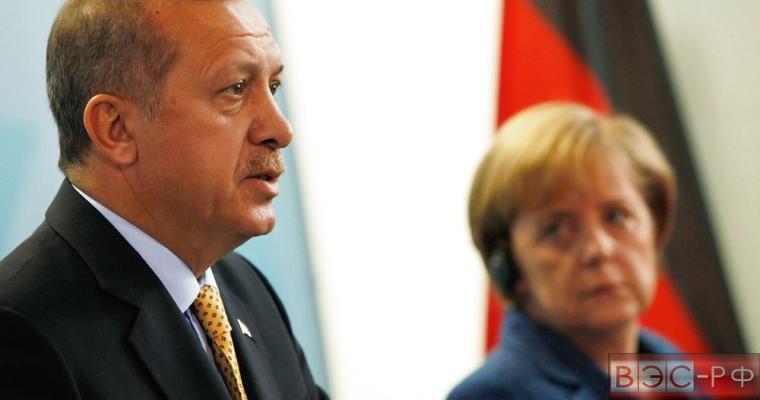 Меркель заявила о необходимости сделки Германии и Турции