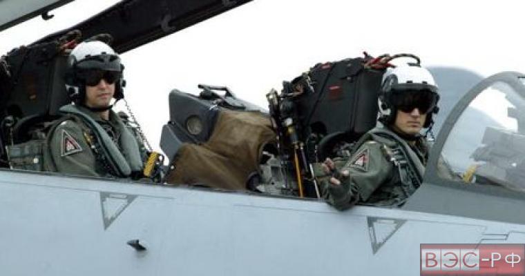 Лётчикам США мешают японские хулиганы