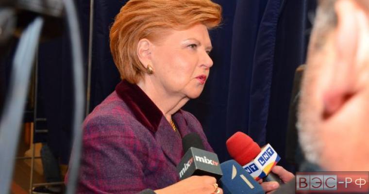 Экс-президент Латвии отказалась от борьбы за пост генсека ООН из-за позиции России