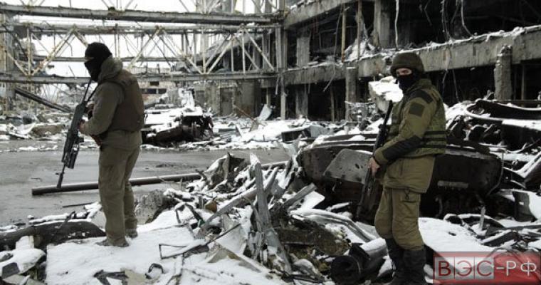 Порошенко дал Турчинову три месяца для подготовки плана по возврату Крыма, разведка ЛНР принесла тревожные известия
