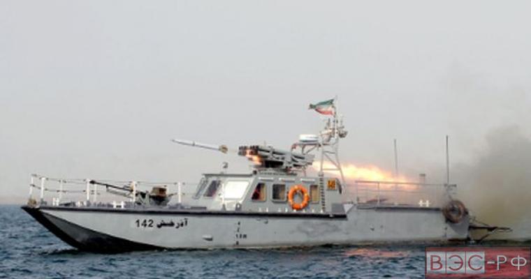 Ракетные учения Ирана вызвали панику на авианосце США