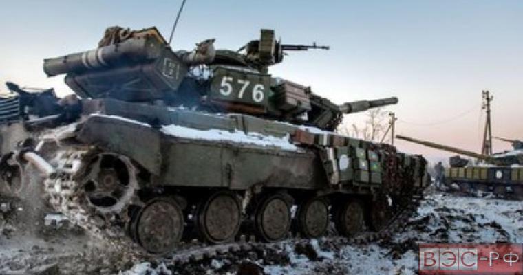 ВСУ перебрасывают к линии соприкосновения сотни иностранных наемников, танки и артиллерию