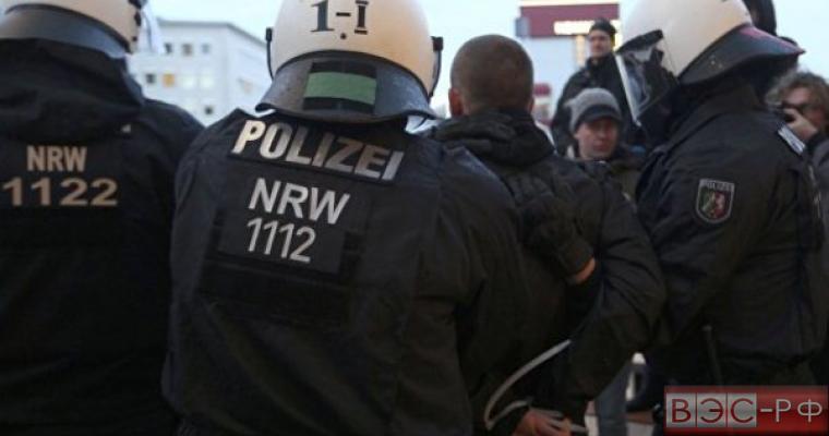В Кельне устроили массовые беспорядки, протестуя против принятия новых беженцев