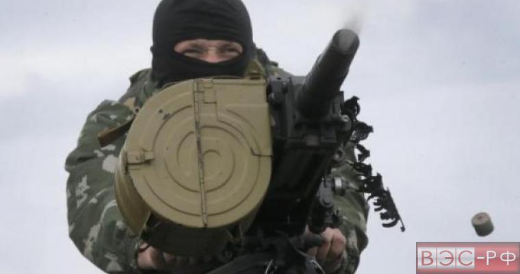 позиции ополченцев подвергаются сильным обстрелам, ВСУ проводят зачистки населения