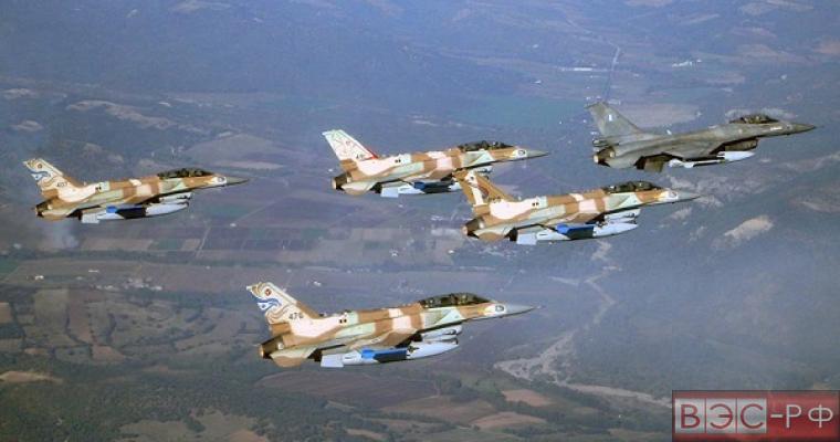 Израильские ВВС нанесли удар по Сектору Газа