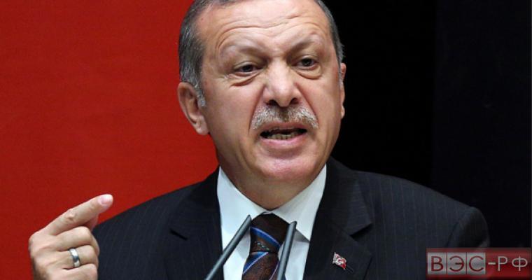 """Турция назвала Россию """"несерьезным государством"""""""