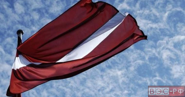 Латышский националист угрожает «вышвырнуть» посла России из Латвии