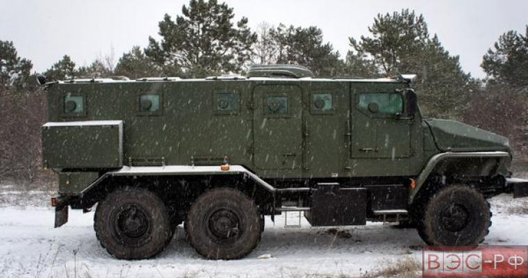 Бронированный Урал выдержал взрыв шести килограммов тротила