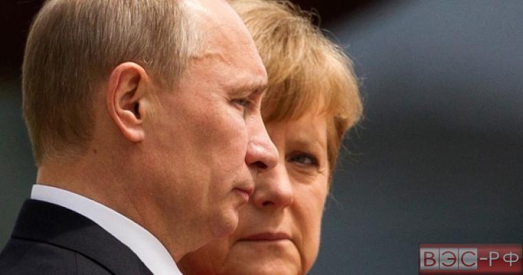 Новости сегодня: Чиновник НАТО обвинил России в попытке сместить Меркель при помощи кризиса беженцев