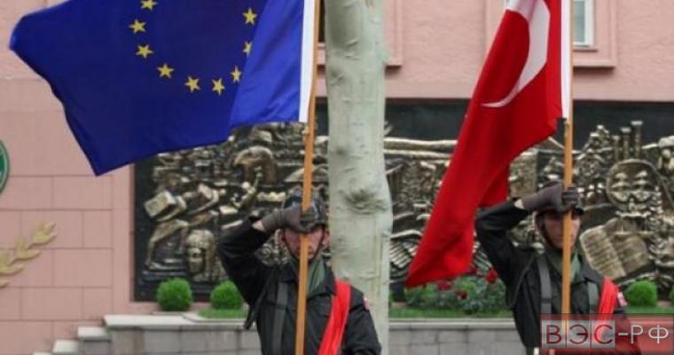 Турция хочет помирить РФ и ЕС ради бесполетной зоны в Сирии
