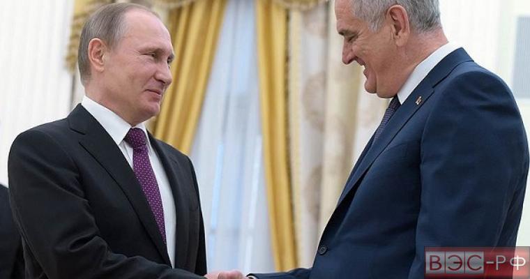 Николич и Путин обсудили проблемы