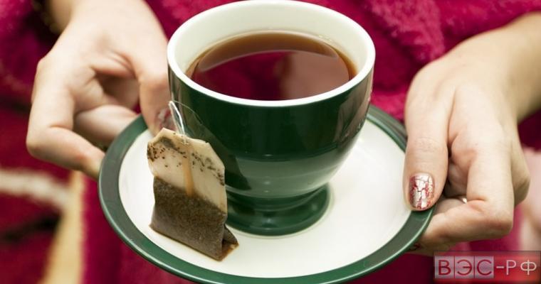 Экономия времени, ведущая к раку: эксперты поведали, чем опасен чай в пакетиках