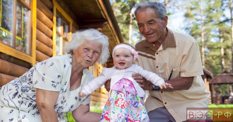 Ученые открыли бабушкам и дедушкам секреты воспитания внуков