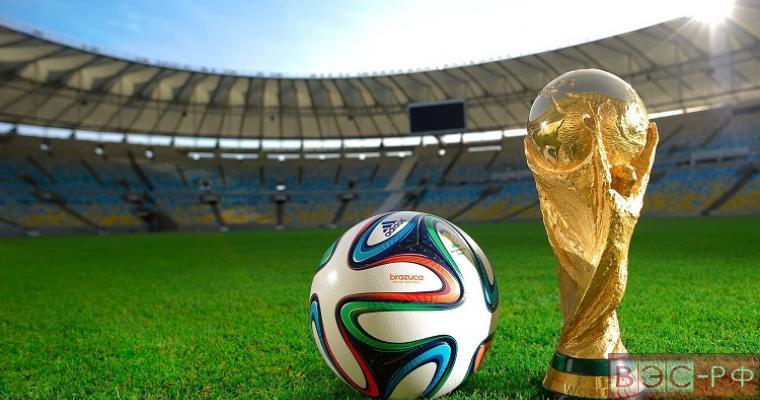 Кубок ЧМ-2018 по футболу путешествует по миру, интересные факты о трофее
