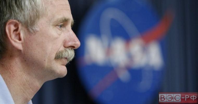 """НАСА не будет продлевать контракт с """"Роскосмосом"""" об отправке астронавтов к МКС"""
