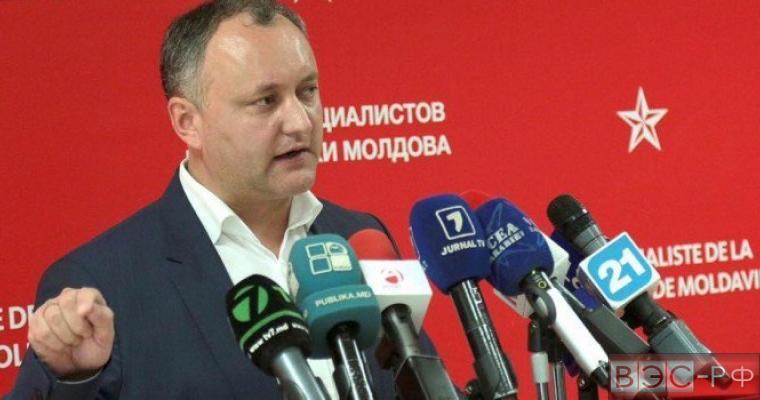 Додон поделился резонансными подробностями по высылке российских дипломатов из Молдавии