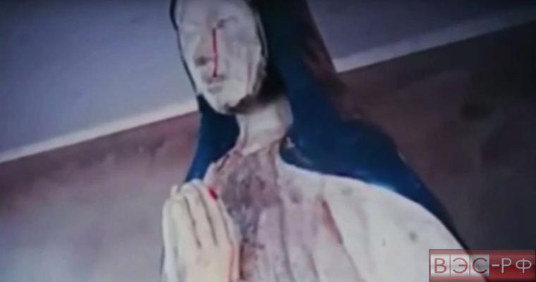 В Боливии статуя Девы Марии заплакала кровавыми слезами