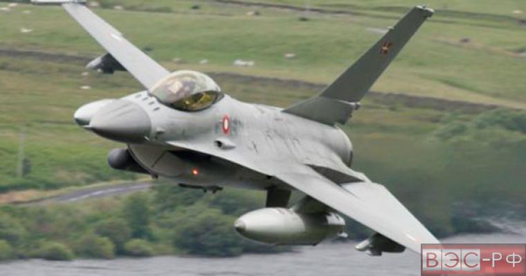 Истребитель F16 разбился в Афганистане