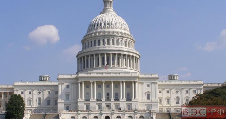 """Конгресс США требует от Обамы """"убрать палец"""" с ядерной кнопки"""