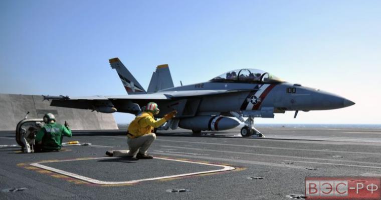 палубный истребитель-бомбардировщик Американские пилоты США F/A-18