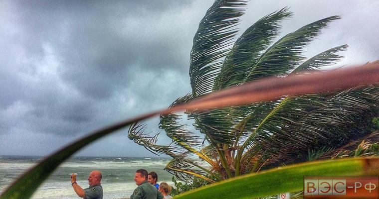 Ураган Мэтью приближается к США